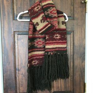 Southwestern Chunky Knit Scarf